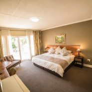 Acacia Guest House - Rooms - Executive Suite (1)