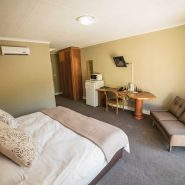 Acacia Guest House - Rooms - Executive Suite (2)