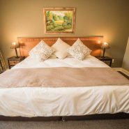 Acacia Guest House - Rooms - Executive Suite (3)