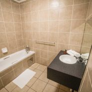 Acacia Guest House - Rooms - Executive Suite (6)