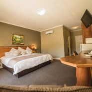 Acacia Guest House - Rooms - Executive Suite (9)