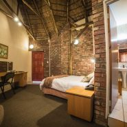 Acacia Guest House - Rooms - Standard Room (2)